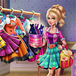 Serry College Dolly Dress Up